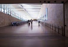 Passeggeri non identificati a Ben Gurion International Airport Immagine Stock