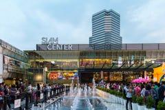 Passeggiata della gente a Siam Centre Fotografie Stock