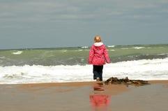 Passeggiata della spiaggia Fotografia Stock Libera da Diritti