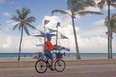 Passeggiata della spiaggia di Hollywood vasta, Florida Fotografia Stock