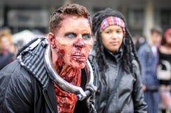 Passeggiata dello zombie Immagini Stock Libere da Diritti