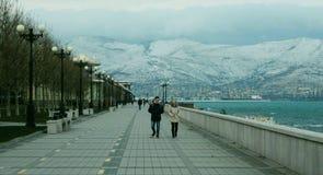 Passeggiata lungo l'argine, Novorossijsk fotografie stock libere da diritti