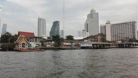 Passeggiata sul fiume a Bangkok Immagine Stock
