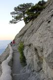 Passeggiata sul percorso di Galitsin in Crimea fotografie stock