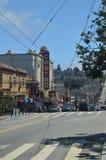 Passeggiata tramite le vie della vicinanza di San Francisco We Find The Castro Feste Arquitecture di viaggio fotografia stock