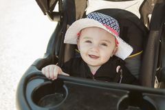 Passeggiatore di fare da baby-sitter Fotografie Stock