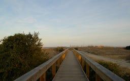 Passeio à beira mar à praia Fotografia de Stock
