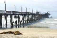 Passeio à beira mar imperial da praia fotografia de stock