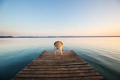 Passeio à beira mar no lago Imagens de Stock