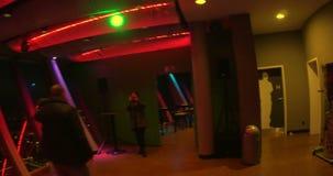 Passeio através do restaurante da parte superior 180 em Rheinturm em filme