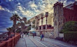 Passeio, Benalmadena, Costa Del Sol, província de Malaga, Andalucia, Espanha imagens de stock