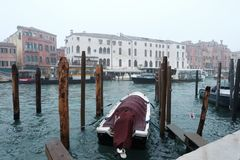 Passeio da gôndola em Veneza fotos de stock