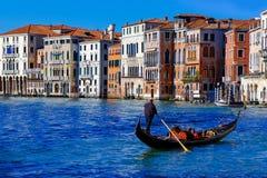 Passeio da gôndola em Veneza, Itália fotos de stock