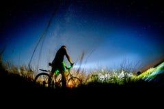 Passeio da noite da bicicleta Fotografia de Stock
