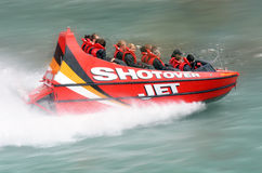 Passeio de alta velocidade do barco do jato - Queenstown NZ Imagens de Stock Royalty Free