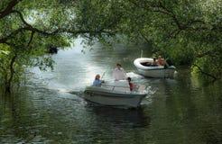 Passeio de carro no barco de prazer Fotos de Stock Royalty Free
