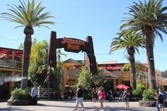 Passeio de Jurassic Park em estúdios universais Hollywood fotos de stock royalty free
