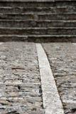 Passeio de pedra com as escadas, borradas Imagens de Stock