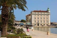 Passeio de Riva seafront split Croácia fotos de stock royalty free