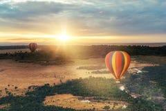 Passeio do balão de ar quente sobre o Masai Mara fotografia de stock royalty free