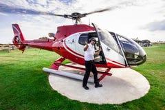 Passeio do helicóptero em doze apóstolos Imagens de Stock Royalty Free