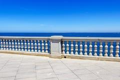 Passeio do Oceanfront em Cadiz, Espanha fotos de stock royalty free
