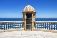 Passeio do Oceanfront em Cadiz, Espanha fotografia de stock royalty free