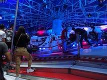 Passeio do parque de diversões na Espanha de Barcelona imagens de stock royalty free