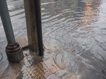 Passeio inundado pela chuva Imagens de Stock Royalty Free
