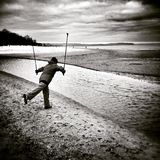 Passeio nórdico Olhar artístico em preto e branco Foto de Stock Royalty Free