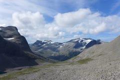 Passeio na montanha à parede da pesca à corrica em Noruega Imagem de Stock Royalty Free