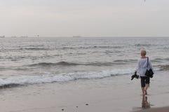 Passeio na praia Fotografia de Stock
