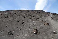 Passeio no Krakatau fotos de stock royalty free