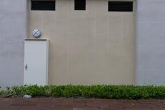 Passeio pela parede da rua Imagens de Stock
