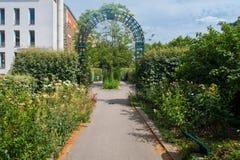 Passeio Plantee em Paris, França foto de stock royalty free