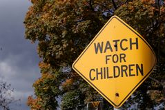 Passen Sie für Kinder auf Stockbild