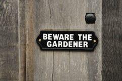 Passen Sie vom Gärtner auf lizenzfreies stockfoto