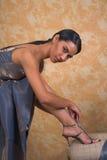 Passender Schuh der Dame Stockbild