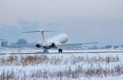 Passenger plane landing Royalty Free Stock Photography