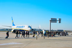 Passengers boarding plane, Porto, Portugal Royalty Free Stock Photography