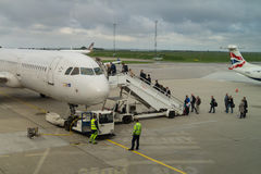 Passengers boarding scandinavian SAS airplane Royalty Free Stock Photos
