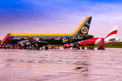 Passengers disembarking Air Asia Royalty Free Stock Image