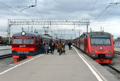 Passengers on the railway platform at the suburban electric trains at Tula station. Royalty Free Stock Photography