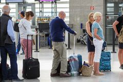 Free Passengers Standing In Line In The Vienna International Airport Schwechat, Austria Royalty Free Stock Photo - 141200795