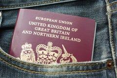Passeport dans la poche Images libres de droits