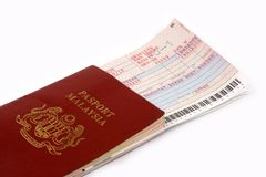 Passeport et billet d'avion Images stock