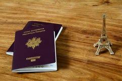 Passeport et carte d'identité Photos libres de droits