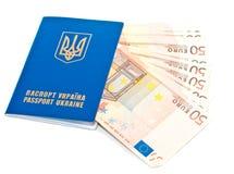 Passeport ukrainien international photos libres de droits