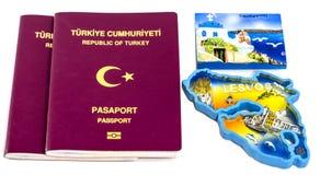 Passeports et îles turcs de Santorini et de Lesvos photo libre de droits