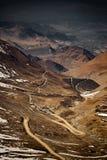 Passerande till den Nubra dalen, Ladakh Arkivfoton